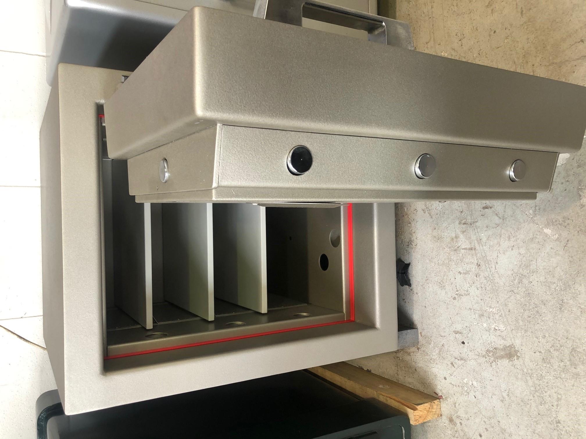 CMI Jeweller Safe JW2 door half open