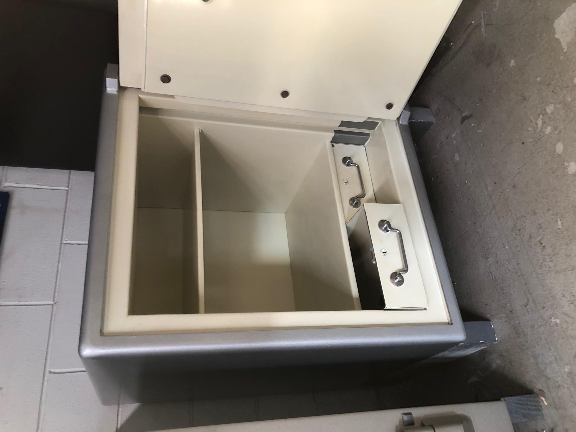 Snelguard Safe door open