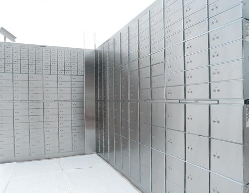 Safe-Deposit-Locker-Standard-1 Large